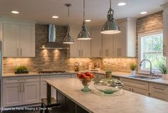 """""""View this Great Contemporary Kitchen with Ceramic Tile & Breakfast bar by Kariel Staging & Decor. Discover & browse thousands of other home design ideas on Zillow Digs."""""""