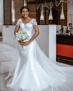 We are still crushing on wedding ceremony. The bride, Teleola hit us back to back with her four stunning outfits Fancy Wedding Dresses, African Wedding Dress, Beautiful Wedding Gowns, Elegant Wedding Dress, Wedding Attire, Gift Wedding, Ghana Wedding Dress, Wedding Things, Bridal Outfits