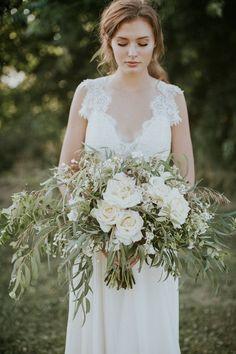 Natural & organic bridal shoot via Magnolia Rouge