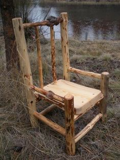 10 woodworking projects you can make that sell really well. Garden projects is an enjoyable and easy woodworking niche to work in. Willow Furniture, Pallet Furniture, Rustic Furniture, Furniture Ideas, Furniture Design, Diy Wood Projects, Wood Crafts, Woodworking Projects, Garden Projects