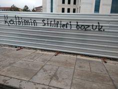 Yavuz Street Graffiti, Get Happy, How To Get Rich, Tumblr, Neon, Outdoor Decor, Home, Islam, Wallpaper