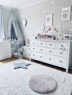 Baby Boy Room Decor, Baby Room Design, Nursery Room Decor, Baby Boy Rooms, Baby Bedroom, Girl Room, Kids Bedroom, Baby Room Storage, Baby Room Neutral