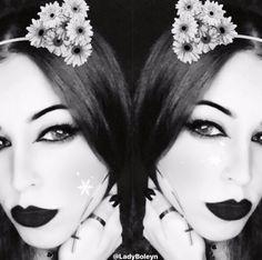 Alternative Model   B L A C K  Lady_Boleyn