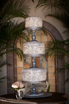 Vintage - Crystals and silver-Wedding cake- Powel Crosley Estate- The Cake Zone- Florida