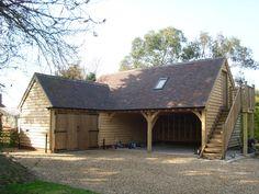 Bespoke 'L' shaped oak garage #OakframedBuildings #Oakgarages #OakBarns #OakFramedBarns