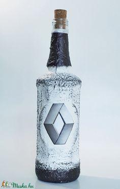 Renault díszüveg pálinkának bornak, italos üveg szülinapra, névnapra, karácsonyra autó rajongónak (Biborvarazs) - Meska.hu Subaru, Mazda, Toyota, Fan, Hand Fan, Fans