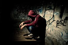 154422867-man-desperate-and-alone-gettyimages.jpg (507×338)