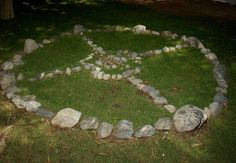 """The Story Behind the Native American Medicine Wheel: <<a href=""""http://healing.about.com/od/yogastyles/a/laughter-yoga.htm"""">previous</a>> 05/22 <<a href=""""http://healing.about.com/od/positivethought/a/can-do-attitudes.htm"""">next</a>>"""