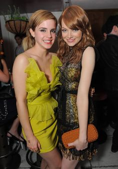 Emma Stone and Emma Watson! Emmas are just really wonderful. But especially my Emma. Emma Watson, Emma Stone, Pretty People, Beautiful People, Real People, Actrices Sexy, Actrices Hollywood, Celebs, Celebrities