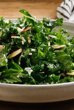 lemon-garlic kale salad NYT Cooking: Here's a snappy, fresh side dish or a light supper: a lemony green salad, rich with tang and crunch. The dressing is nothing more than lemon juice, olive oil, garlic and salt. Its simplicity makes it perfect. Hash Browns, 21 Day Fix, Garlic Kale, Kale Salad Recipes, Kale Salads, Clean Eating, Healthy Eating, Cooking Recipes, Healthy Recipes