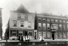 Bemuurde weerd utrecht Utrecht, Vintage Photography, Netherlands, Dutch, Louvre, Street View, Building, Travel, Historia