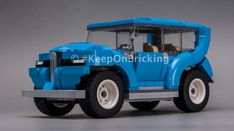 LEGO MOC 10252 Luxury SUV by Keep On Bricking | Rebrickable - Build with LEGO Luxury Suv, Lego Moc, Brick, Monster Trucks, Cars, Building, Vehicles, Bricks, Autos