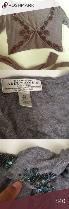 🌟Abercrombie & Fitch cropped beaded cardigan Adorable cropped cardigan from Abercrombie and Fitch. Size medium. Super soft with cute beads along the top. Gently worn. Couple loose strings but the beading is intact. Abercrombie & Fitch Sweaters