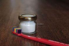 zubna pasta z kokosoveho oleja