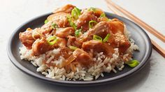 An easy sweet and sour chicken prepared in the slow cooker and served over rice. Skip the takeout and try making your own version in your slow cooker! Best Slow Cooker, Crock Pot Slow Cooker, Crock Pot Cooking, Slow Cooker Chicken, Slow Cooker Recipes, Crockpot Recipes, Chicken Recipes, Cooking Recipes, Crockpot Dishes