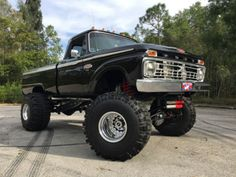 1966-Ford-F-350-F100-XLT-RANGER-1-TON-4X4-4WD-F350-CHASSIS