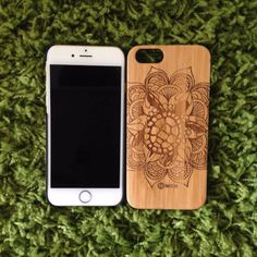 iPhone 6(s) Sea Turtle Case. 10% of proceeds goes towards saving these Sea Turtles! Use promo code Joelyn25 to save 25% on purchases!