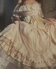 Pretty Dresses, Beautiful Dresses, Elegant Dresses, Fairytale Dress, Fairytale Fashion, Fairy Dress, Fantasy Gowns, Mode Vintage, Mode Outfits