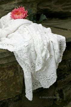 Romantic Quaker Lace Tablecloth. Vintage. by NorthMajestyTrail
