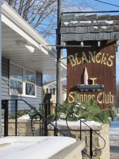 10 More Wisconsin Supper Clubs That Are Old-Fashioned But Incredible - 1. Blanck's Supper Club