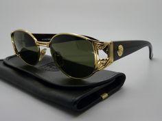 Lacey vintage gianni versace sunglasses