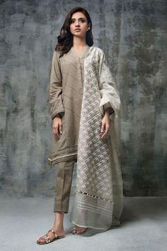 Ice blue 3 piece organza stitched dress by Nida Azwer organza pret collection 2018 Simple Pakistani Dresses, Pakistani Fashion Casual, Pakistani Dress Design, Pakistani Outfits, Indian Dresses, Indian Outfits, Indian Fashion, Stylish Dresses, Simple Dresses