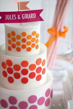 Wedding Cake Trends from Love and Lavender - Oh Lovely Day Small Wedding Cakes, Beautiful Wedding Cakes, Gorgeous Cakes, Pretty Cakes, Cute Cakes, Isomalt, Fondant Cakes, Cupcake Cakes, Polka Dot Cakes