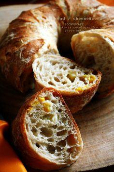 自家製酵母ルヴァンで焼くトウモロコシとチーズのパン。: カンパーニュ ... [ トウモロコシとチーズのパン ] ルヴァン種30% 加水>水75% 粉>はるゆたかブレンド+スーパーファインハード塩とうもろこし&チーズ