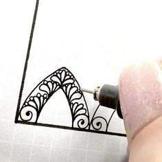 Realistic Flower Drawing, Simple Flower Drawing, Easy Flower Drawings, Beautiful Flower Drawings, Unique Drawings, Pencil Art Drawings, 3d Art Drawing, Mandala Pattern, Zentangle Patterns