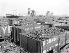 Wagons full of coal at Birkenhead docks, 1924 - Photos - Our collection Best Wagons, Rail Transport, Steam Railway, British Rail, Old Trains, Rolling Stock, Model Train Layouts, Stoke On Trent, Coal Mining