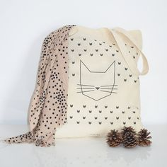 Cat Tote Bag by on Etsy Printed Tote Bags, Canvas Tote Bags, Diy Tote Bag, Cotton Bag, Crazy Cat Lady, Creations, Crochet, Fabric, Handmade