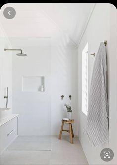 Bathroom Wall Decor, Bathroom Interior Design, Living Room Interior, Interior Livingroom, Dyi Bathroom, Bathroom Trends, Bathroom Inspo, Bathroom Designs, Master Bathroom