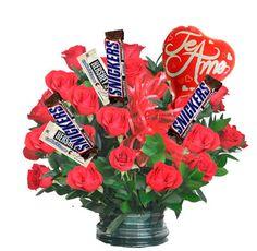 Arreglo Floral Te Amo - $140.000 [25 rosas rojas, 5 Chocolates y Globo.]