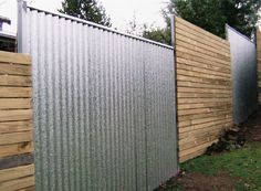 Eye-Opening Cool Tips: Modern Fence Cost Wooden Fence Panels 6 X Fence Lowes Garden Fence X Fence Vector Free. Cheap Privacy Fence, Diy Fence, Fence Landscaping, Backyard Fences, Fence Ideas, Pallet Fence, Yard Fencing, Fence Garden, Farm Fence