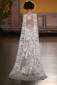 Claire Pettibone 'Whitney' wedding dress - Fall 2016 #TheGildedAge Collection http://couture.clairepettibone.com/collections/the-gilded-age/products/whitney