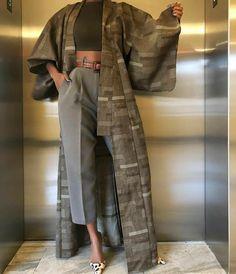 Летнее пальто, или чем заменить старый, добрый тренч. | #СеняПодскажи | Яндекс Дзен Abaya Fashion, Muslim Fashion, Kimono Fashion, Modest Fashion, Love Fashion, Fashion Dresses, Fashion Design, Fashion Ideas, Vintage Fashion