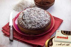 Recept za Čokoladnu tortu s kokosom. Za spremanje poslastice neophodno je pripremiti puter, kokos, brašno, šećer, jaja, čokolad.