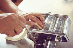 Nada reconforta el alma como un buen plato de pasta casera como lo hace la nonna. Cierto?  Fotografía @imagenesferrero