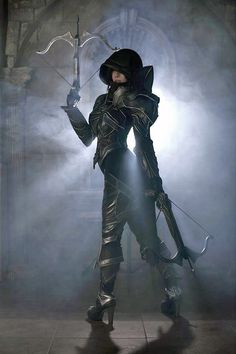 Diablo 3 Amazing Cosplay - Love the lighting in this shot!