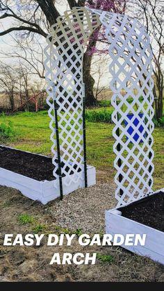 Garden Bed Layout, Garden Nook, Terrace Garden, Garden Planters, Garden Arch Trellis, Diy Trellis, Garden Arches, Fenced Vegetable Garden, Vegetable Garden Design
