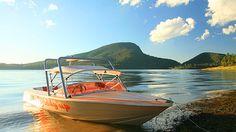 Enjoy a day on the lake at Lake Moogerah Caravan Park