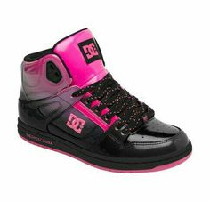 separation shoes a1cd8 dac5a Looks like my spray painting Perry stealing my shoe ideas Tenis, Sandalias,  Botas Zapatos