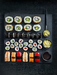 Buy the Sushi Platter Pieces) from Marks and Spencer's range. Sushi Recipes, Wine Recipes, Sushi Pictures, Sushi Burger, Sushi Platter, Sushi Party, Sushi Love, How To Make Sushi, Japanese Sushi