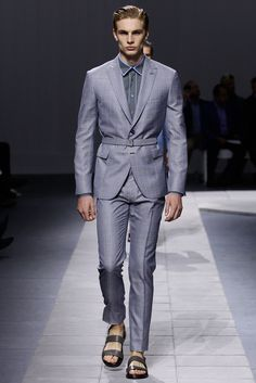 Brioni Spring 2016 Menswear - Collection - Gallery | Men's Fashion | Moda Masculina | Shop at designerclothingfans.com