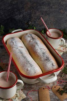 ...konyhán innen - kerten túl...: Áfonyás-mákos kelt rétes Hot Dog Buns, Hot Dogs, Bread, Baking, Ethnic Recipes, Food, Brot, Bakken, Essen