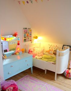 Toddler room-  this is SO adorable, but my children would never go to sleep with this much stimulation within arms reach!