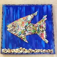 Broken shells, found objects and paper collage on salvaged wood. Bergen, Assemblage Kunst, Salvaged Wood, Wood Wood, Found Object Art, Coastal Art, Colorful Fish, Shell Art, Mixed Media Artists