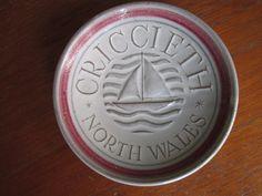 Vintage Rye Pottery Pin Dish souvenir of Criccieth