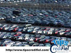 """TIPS CREDIFIEL te comenta si estas dispuesto a comprar un auto en un lote. Averigüe cuánto vale el auto antes de probarlo. Compare precios por internet, lea comentarios e investigue el historial del vehículo específico que está pensando en comprar. Los vendedores saben que si usted se va del lote, es posible que no vuelva. Por eso dicen: """"Esta oferta solo es válida hoy"""". Ignórelos. Tómese su tiempo antes de firmar nada. No caiga en las trampas del tiempo. http://www.credifiel.com.mx/"""