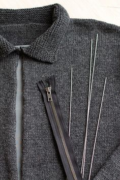 Splityarn » Blog Archive » easiest knitted sweater zipper install ever